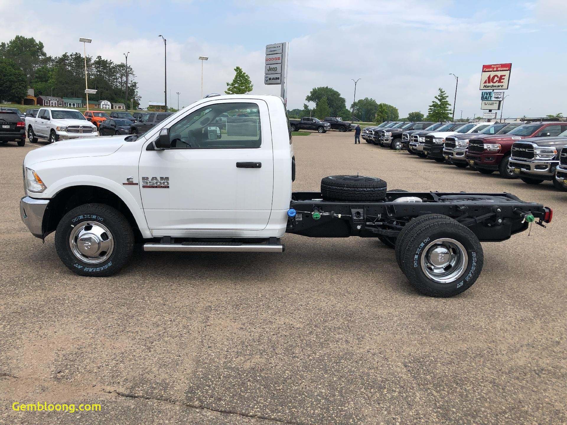 """Cars for Sale Near Me 3500 Lovely New 2018 Ram 3500 Tradesman Chassis Regular Cab 4x4 143 5"""" Wb"""