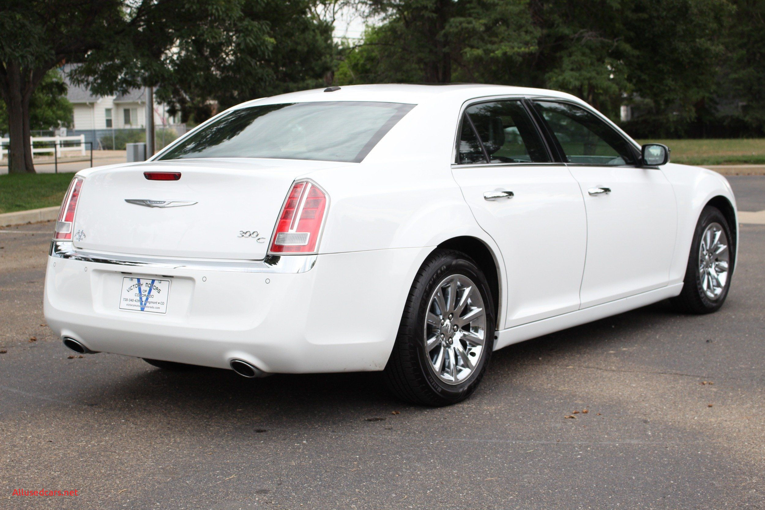 2011 Chrysler 300 Luxury 2011 Chrysler 300 S