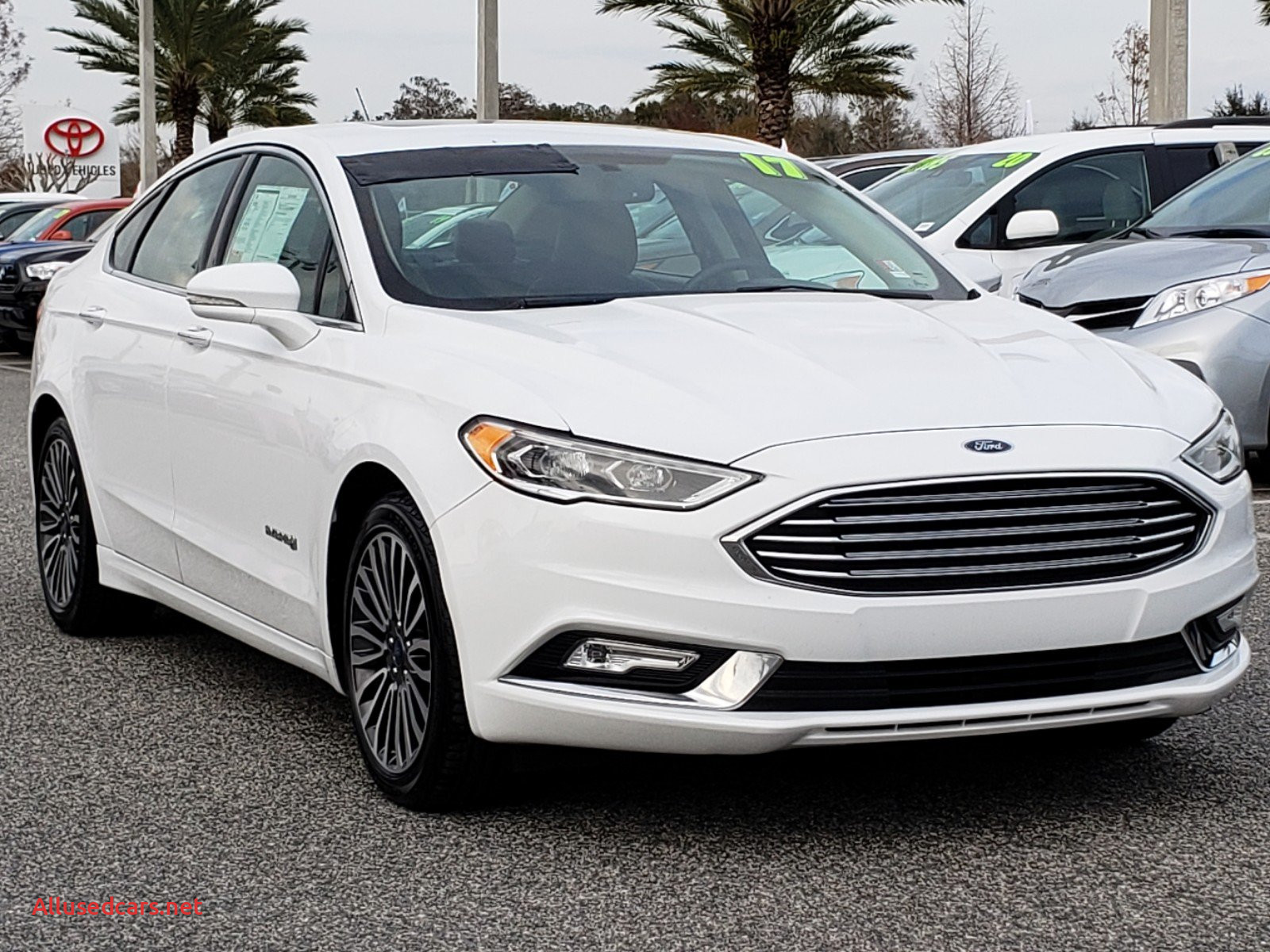 2017 ford Fusion Hybrid New Pre Owned 2017 ford Fusion Hybrid Titanium Fwd 4dr Car