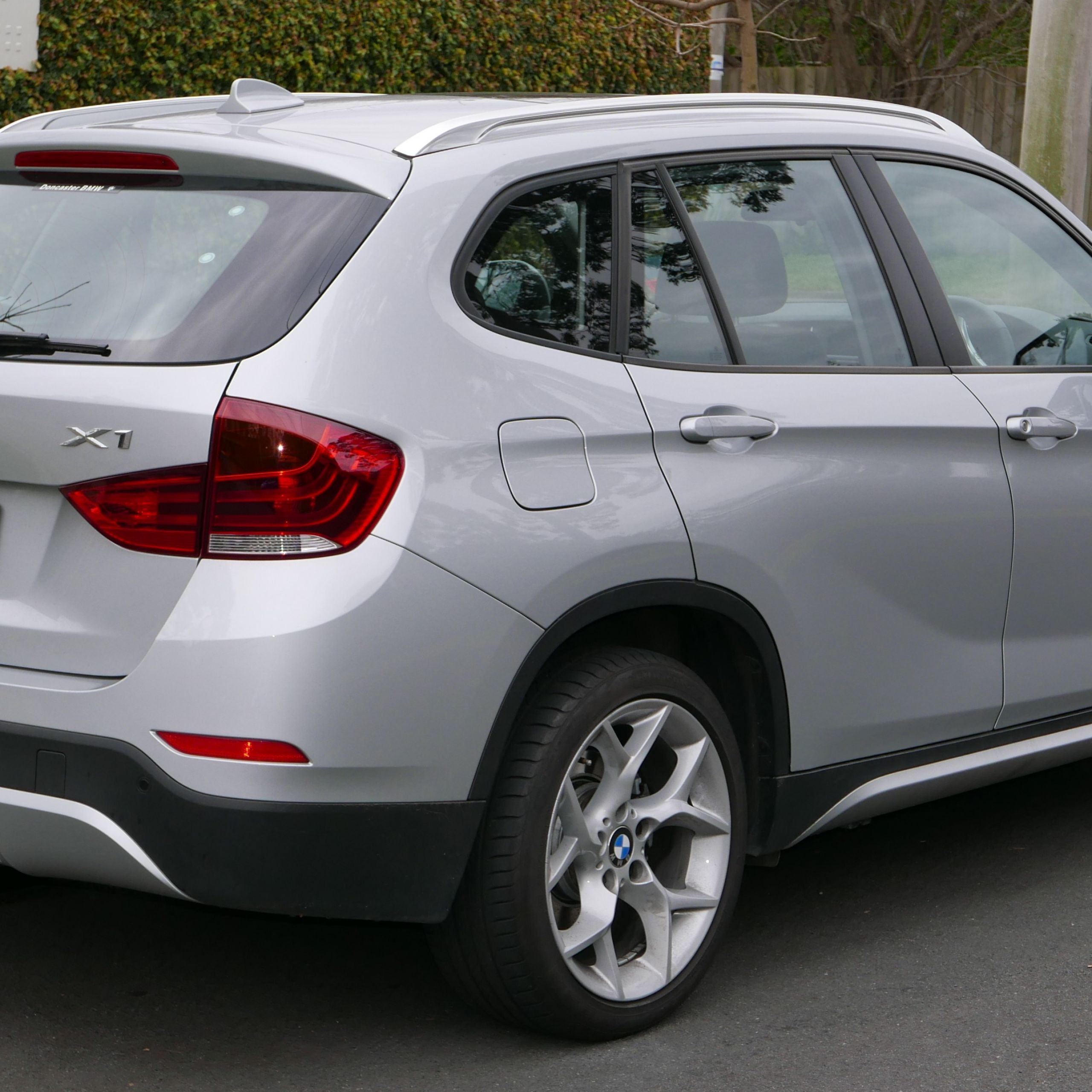 2013 BMW X1 E84 LCI MY13 sDrive20i wagon % 07 09 02