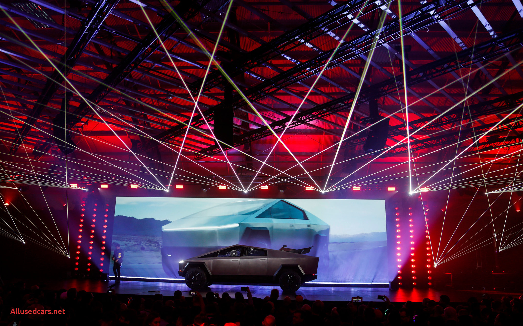 Is Tesla Cybertruck Real Lovely Tesla S Electric Cybertruck is Unveiled It S Pointy