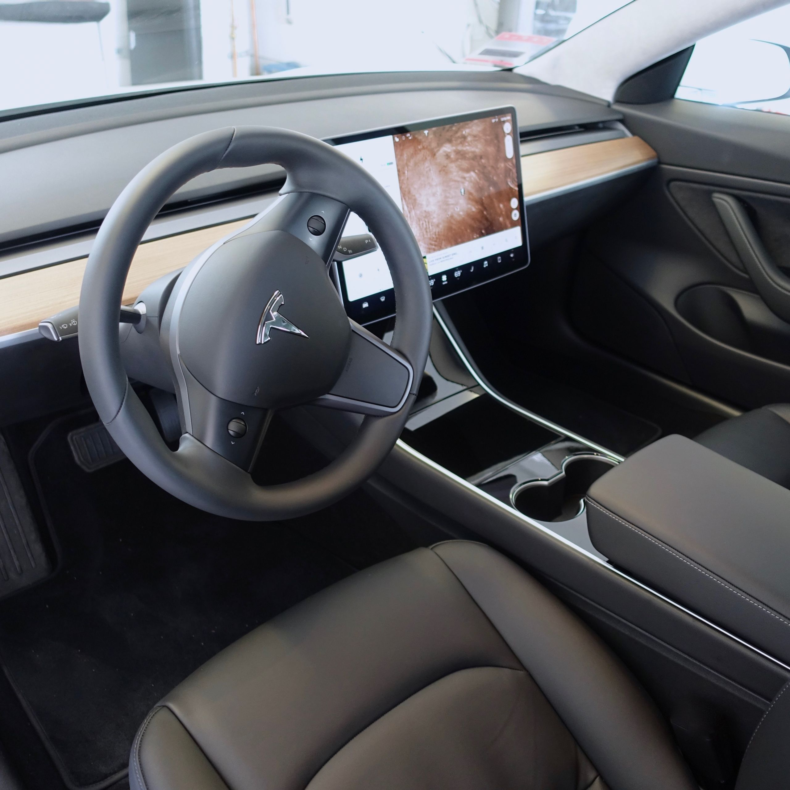 Tesla Model S Unique Tesla Elon Musk Reveals Key Details About Performance Model