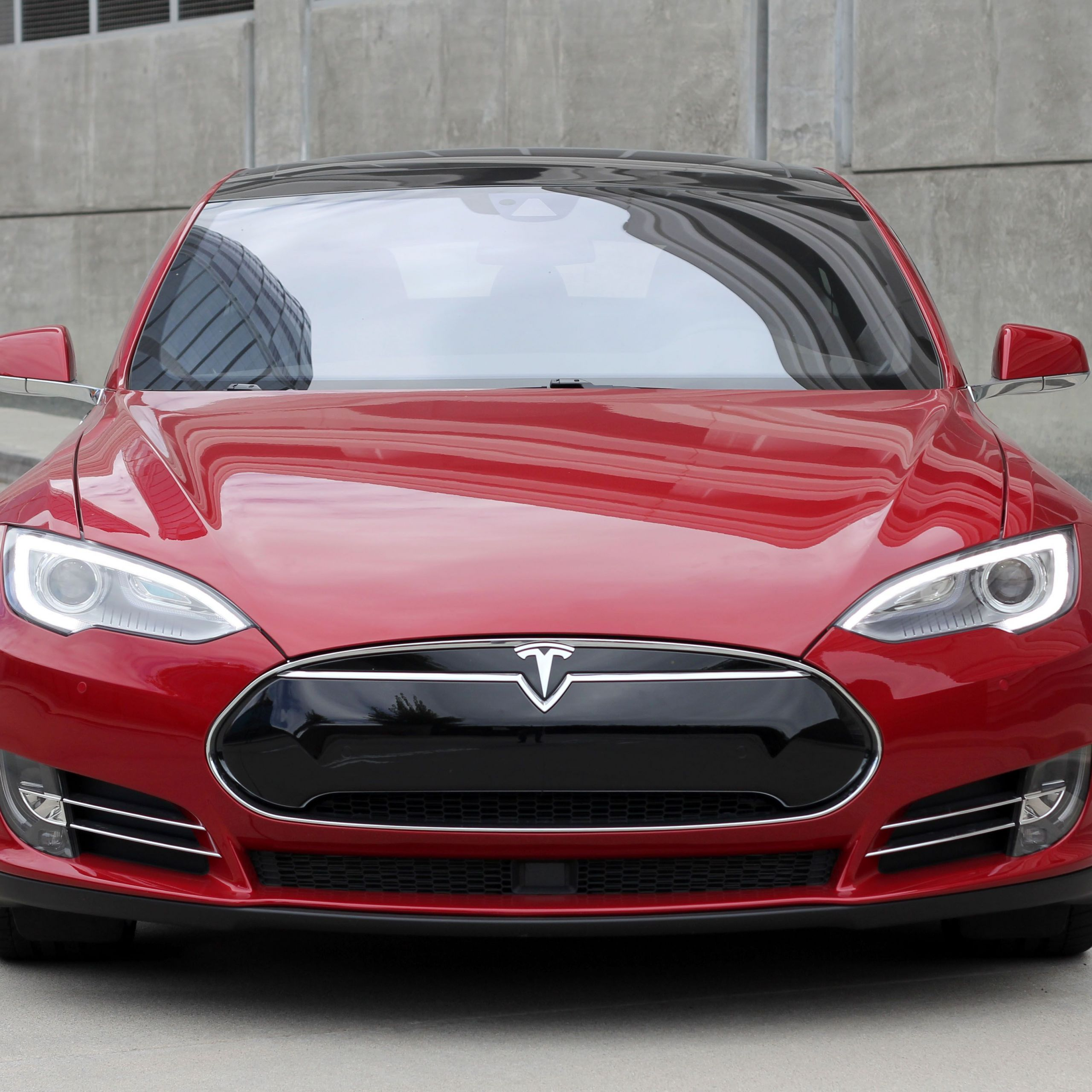 Tesla who Makes the Car Unique Introducing the All New Tesla Model S P90d with Ludicrous