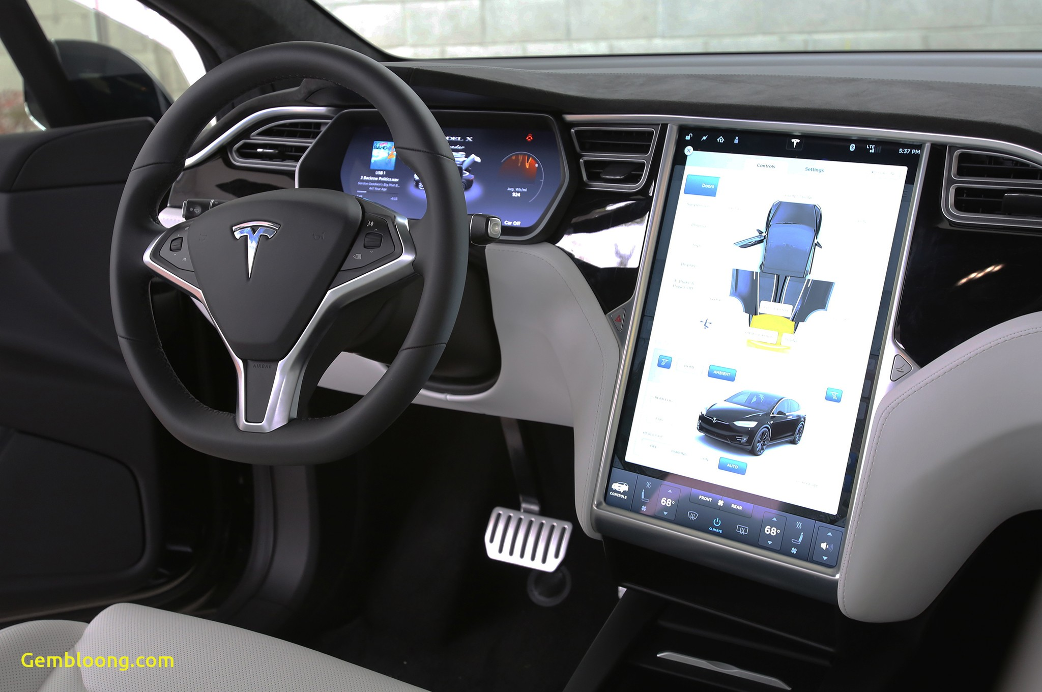 Tesla X Inspirational Tesla Delivers In Style Model X Gets A King S Wel E In