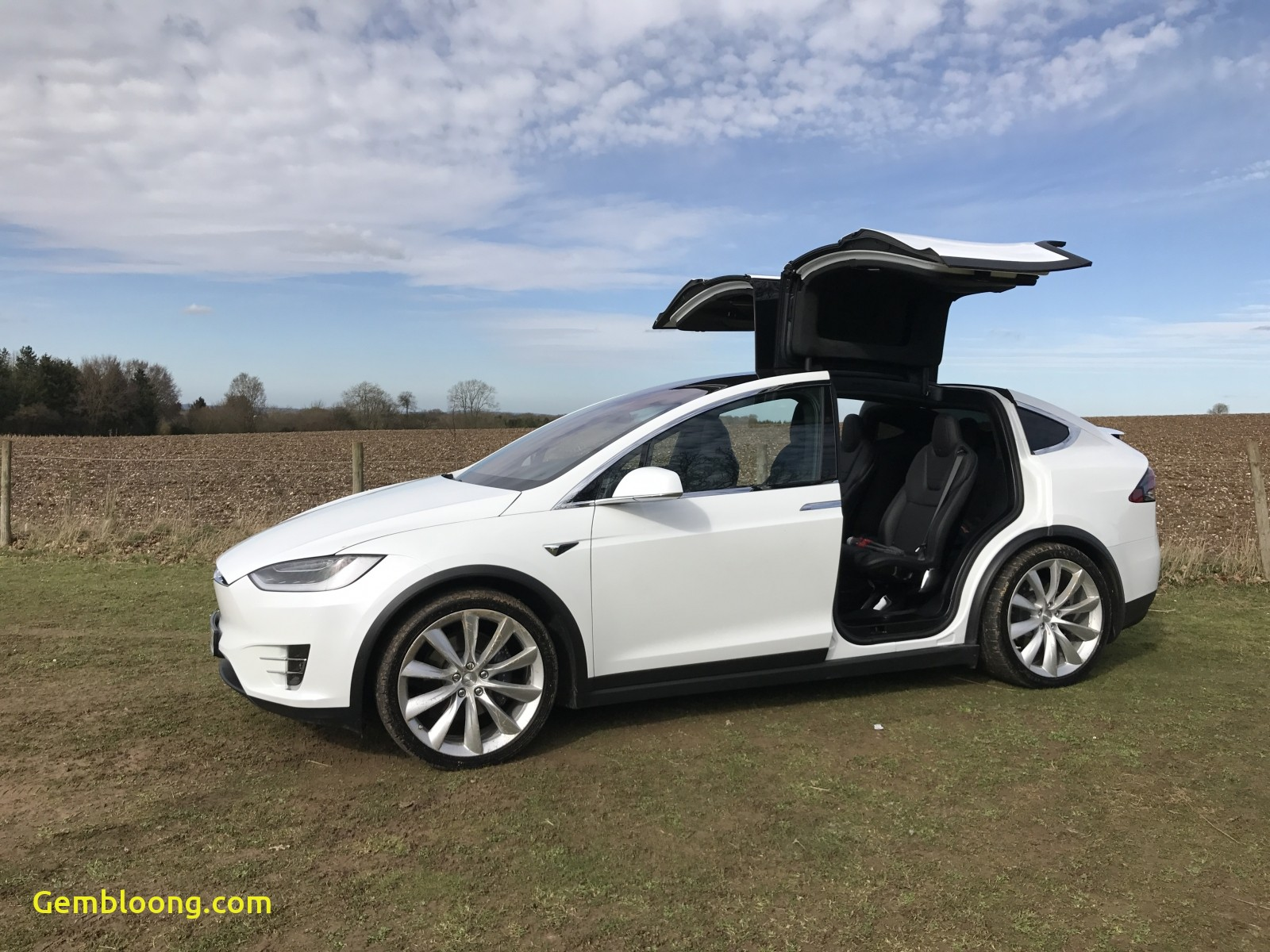 Tesla X Lovely Tesla Model X Review Sci Fi Style or too Clever for Its