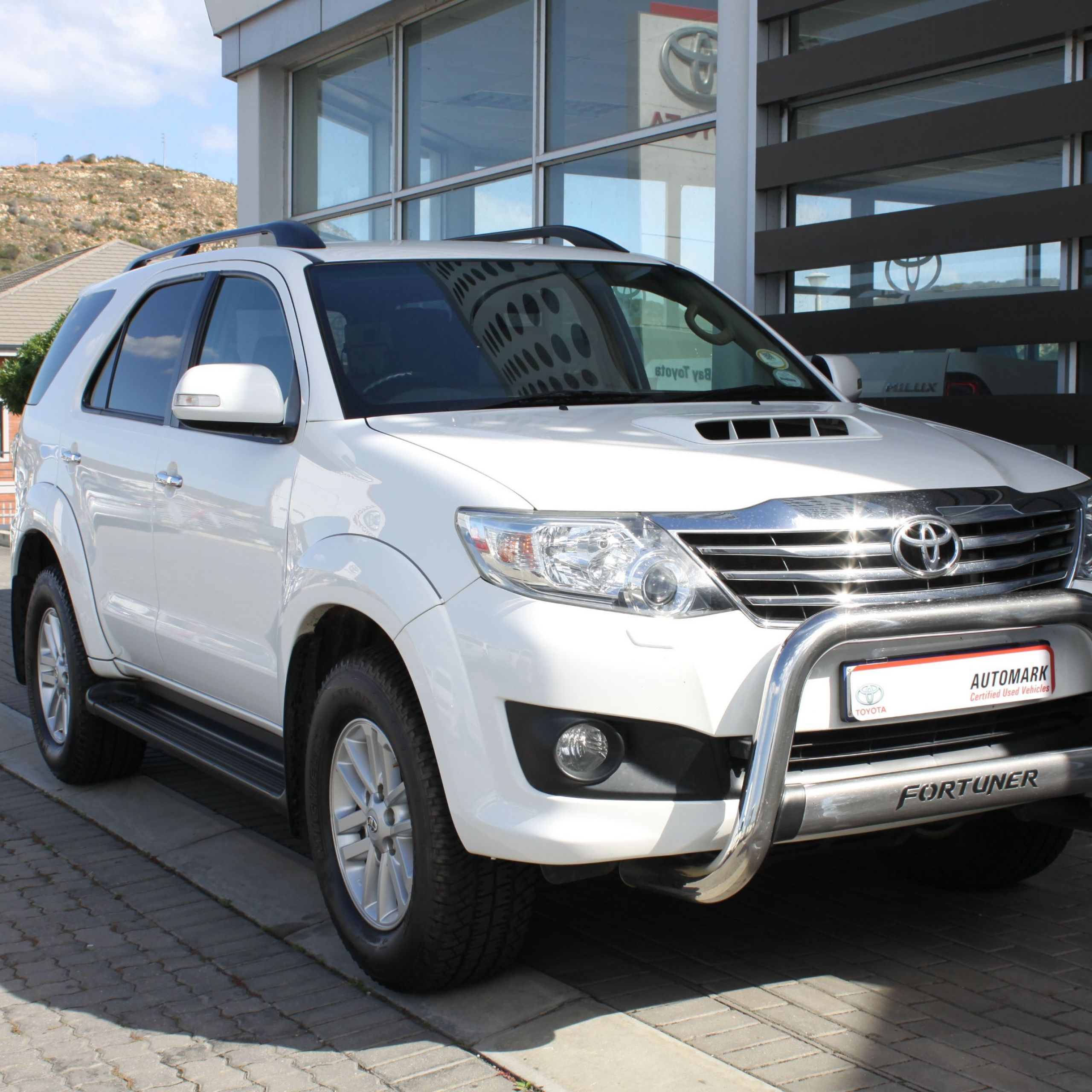Used Nissan Elegant 2012 toyota fortuner 3 0d 4d 4x4 Auto Mossel Bay Automark
