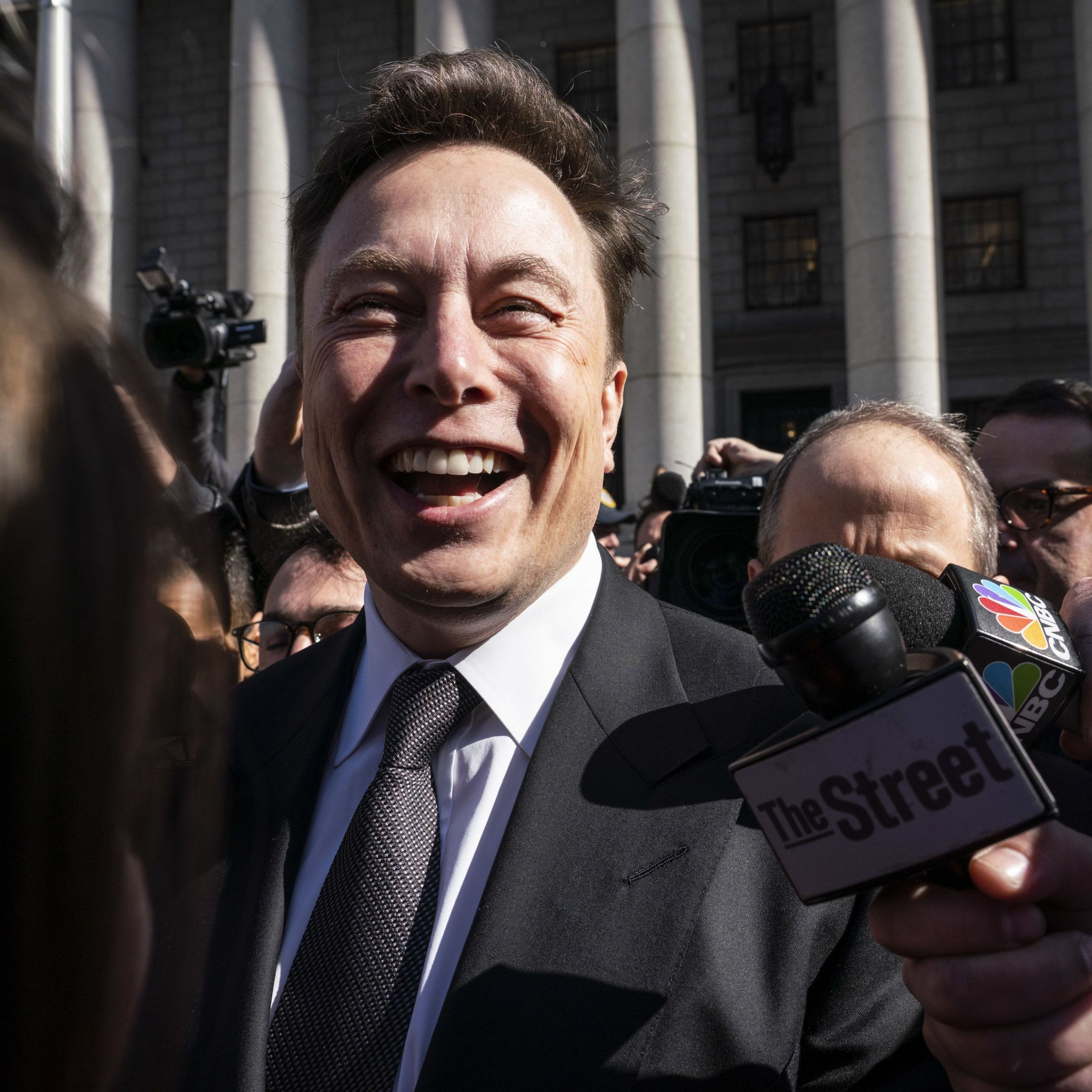 Why Tesla is Bad Beautiful Elon Musk to Investors Self Driving Will Make Tesla A $500