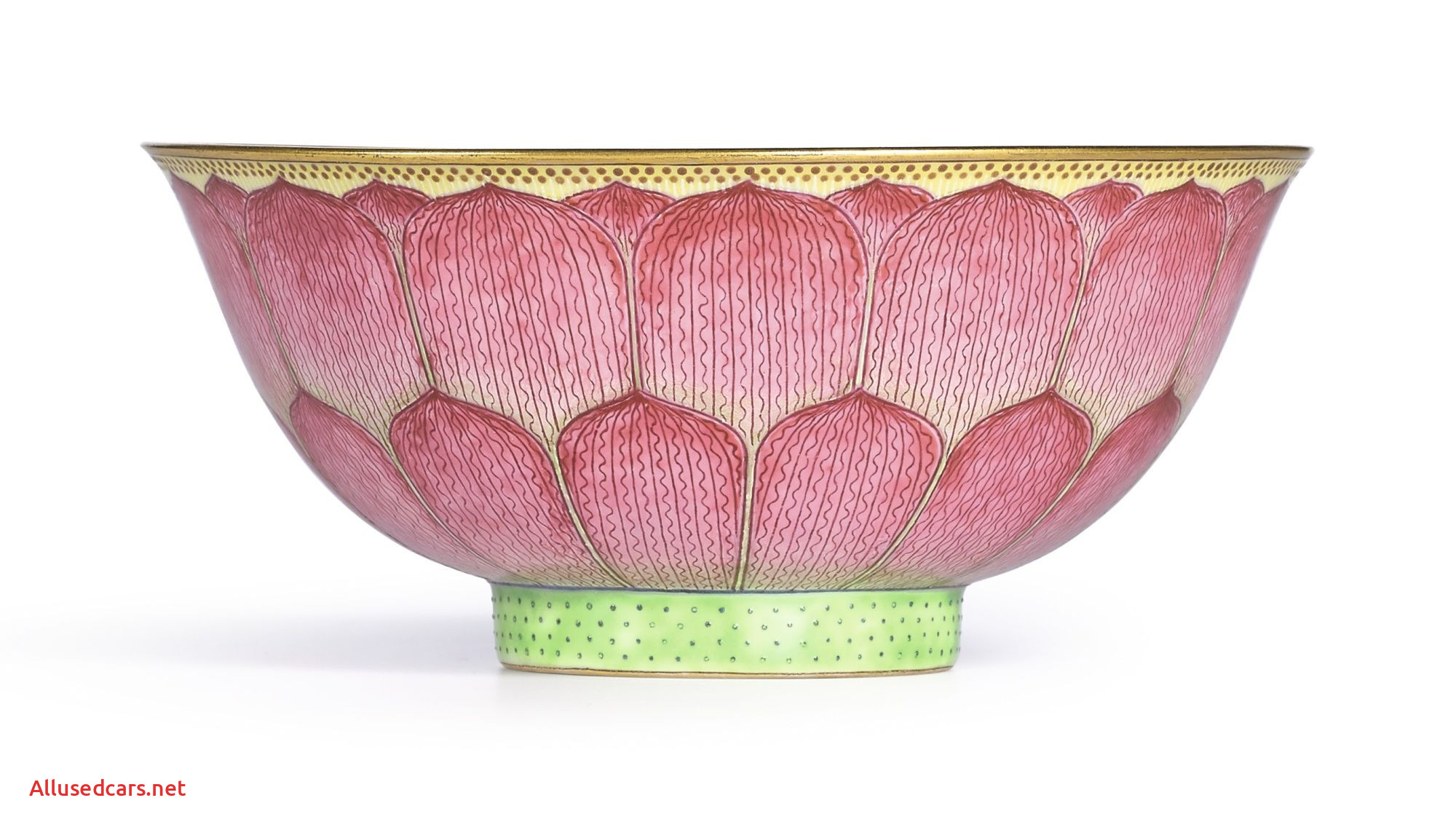 Mark Six Elegant A Fine Famille Rose Lotus Bowl Seal Mark and Period Of