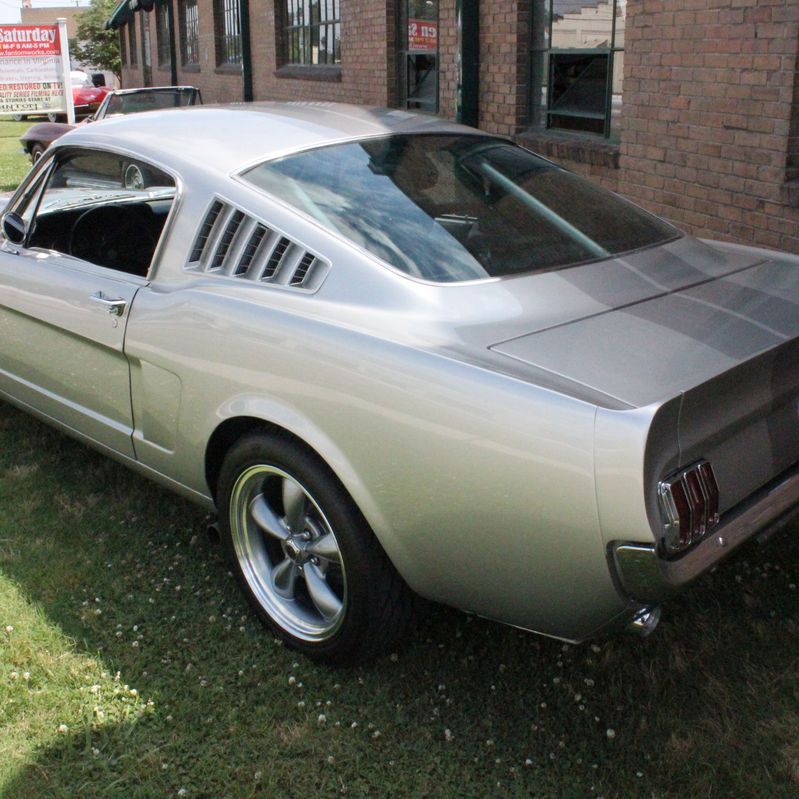 1965 Ford Mustang Fastback CW 06 Finish 010
