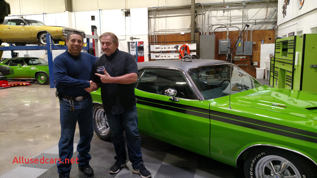 Graveyard Carz Mark Worman New Classic Car Transport Extra Care Required