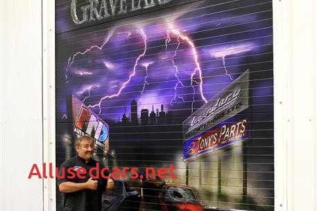 Where is Graveyard Carz Located New Graveyard Carz