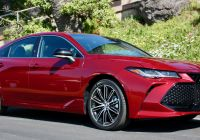 2016 toyota Avalon Lovely 2019 Lexus Es Versus 2019 toyota Avalon which is Better
