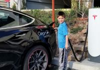 How Many Kwh to Charge Tesla Model 3 New Tesla Model 3 Owner Drives 15 000 Miles for $630
